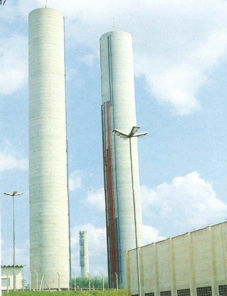 Tanque de água elevado de concreto